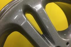 Порошковая покраска диска в серый глянец детально