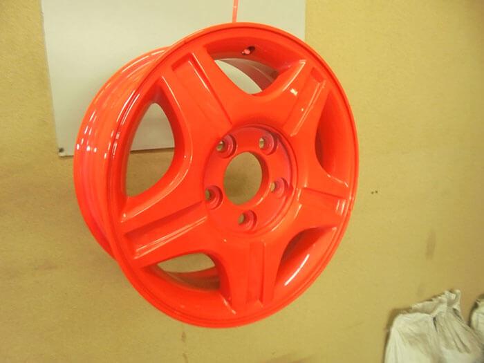 Покраска дисков люминесцентной краской